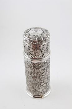 Silver sugar shaker, Mappin and Webb, London, 1902