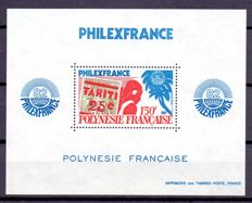 French Polynesia 1960/1980 - Set with some souvenir sheets on black cardboard.