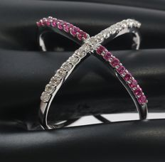 14kt White Gold diamond and Ruby ring  –ring size 17 NL