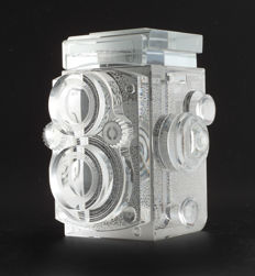 Rolleiflex 2.8/80mm display model replica: full-size, in 100% solid K9 crystal, hand-made, collector's item