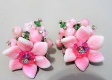 Signed VENDOME - Clip on screw tension backs earrings Pink, green & silver tone