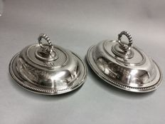 Set of beautiful identical silver plated double serving dishes with removable knob, J. R & Son, England, approx. 1900