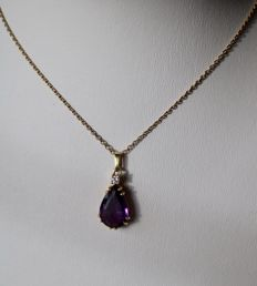 585 Gold Necklace with beautiful Amethyst pendant 15x10mm and brilliant E / VVS1 pendant
