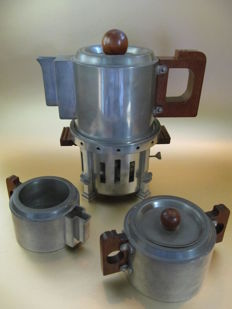 Meine Huisenga (1876-1946) - Daalderop - Art Deco pewter coffee/thee set (Amsterdamse school)