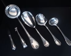 6 serving pieces, Marly, Christofle Fries scoop, soup ladle, vegetable scoop, sauce ladle, sugar tongs, butter-knife