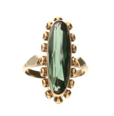 Yellow gold ring set with a tourmaline - inner size: 15.75 mm