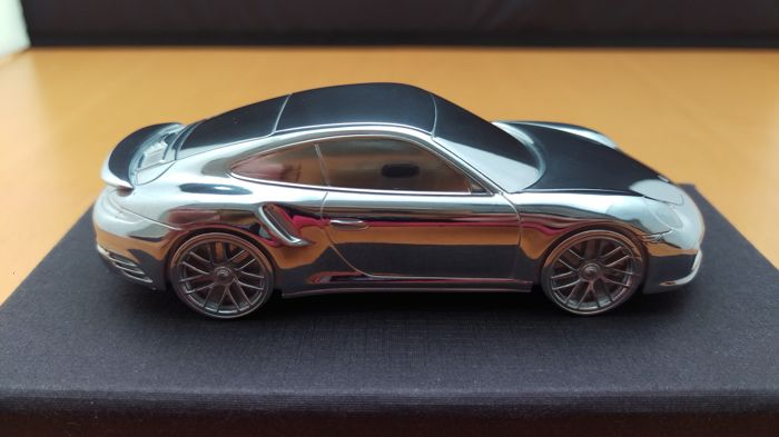 porsche 911 9912 turbo 2015 solid aluminium paperweight in luxury gift packaging scale 143