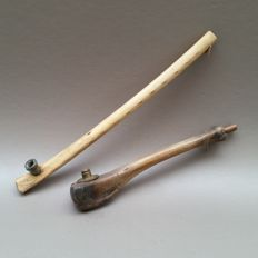 Lot of two bone pipes with metal boilers - Indochina, 1st quarter of 20th century.