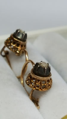 14 kt yellow gold earrings set with rose cut diamond, no reserve!