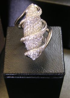 White gold ring ,special design with brilliants