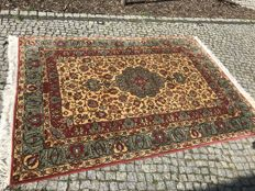 Persian design - Perfect Orient Rug 300x195cm -hand knotted