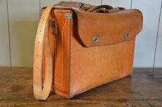 Fully leather tool case - 42.5 cm * 31 cm * 17 cm - ca 1960
