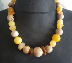 Natural Amber necklace in multi colour, 80 grams