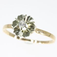Flower solitair diamond gold ring - No Reserve Price - anno 1950
