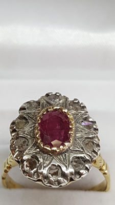14 kt antique yellow gold ring set in silver with rose cut diamonds and ruby