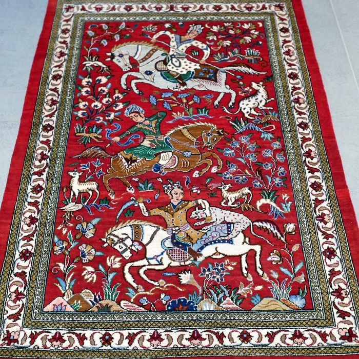 Magnificent Ghom Persian carpet with hunting scene – with certificate – 1,000,000 knots/m2 – very good condition