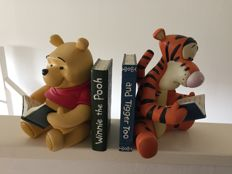 Disney, Walt - 2 Bookends - Winnie the Pooh and Tigger (ca. 1980s/'90s)