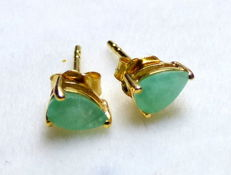 Vintage earrings with 0.5 ct of natural emeralds