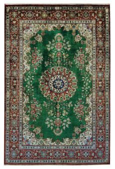 Persian Quom Kom carpet in silk – Iran – Handmade – 152 x 100 cm – Approx. 1000,000 knots/m² – With certificate of authenticity from an official appraiser – Galleriafarah 1970