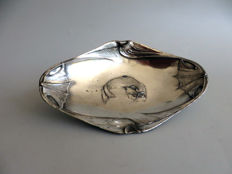 Art Nouveau silver plated pewter bowl with an image of a fish
