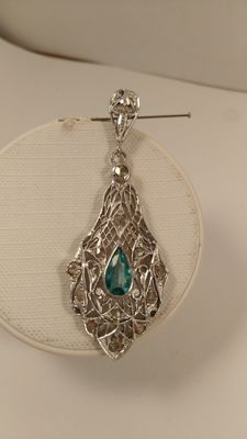 Pendant in 12 kt white gold with aquamarine and diamonds – 1950s