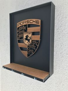 Porsche - Decorative craft key box with a great coat of arms of the brand in volume.