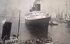8 vintage press photo's of the SS. Normadie ca. 1935