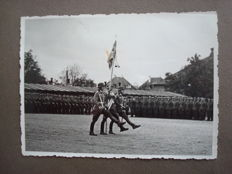 Third Reich; Photo album German army and air force with 75 original photos