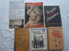 Third Reich; Lot including 8 pieces, military mail and books from World War II