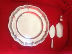 Silver plated dish with pie and cake server. Wiskemann, the 50's