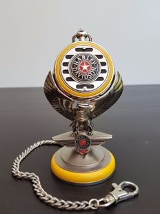 "Harley Davidson ""Fat Boy"" collector's pocket watch on a stand - Franlin Mint"