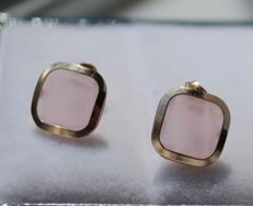 14k yellow gold earrings inlaid with rose quartz - Measurements: 9 x 9 mm