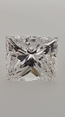 1.02 ct - Princess - Diamond - D /VVS2