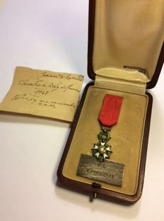 Legion of Honour medal - model: Bijoutier, reduction, attributed