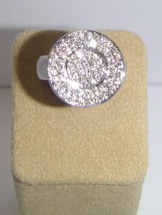 White gold ring with brilliant cut diamonds- F-G /VS/SI- 0.84 cts -ringsize 54