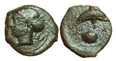 Greek Antiquity - Italy, Sicily, Syracuse, Time of Dionysos I (405-367 BC) - AE Hemilitron (17mm; 3,29g.) - Head nymph / Dolphin - CNS II, 24
