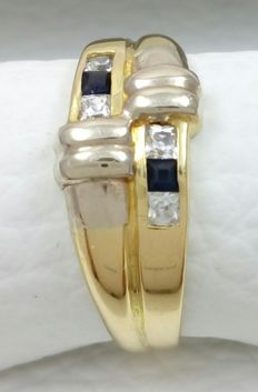 18 kt yellow and white gold ring - weight:.  3g.