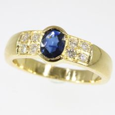 18k Sapphire and diamond yellow gold ring - Ring size: EU-57