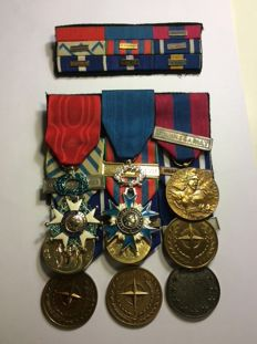 Lot of French military decorations with their strap.
