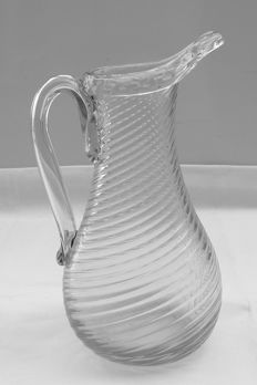Glass jug of twisted glass, Normandy, 2nd half of the 19th century.