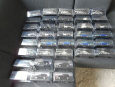 Ixo-De Agostini - Scale 1/43 - Lot with 36 Mercedes-Benz models: 6 x Gullwing, 6 x W125, 6 x ML 500, 6 x SLK 350, 6 x G4 & 6 x SLR McLaren