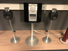 BeoSound 3000 mk2 complete with BeoLab 3 on stand