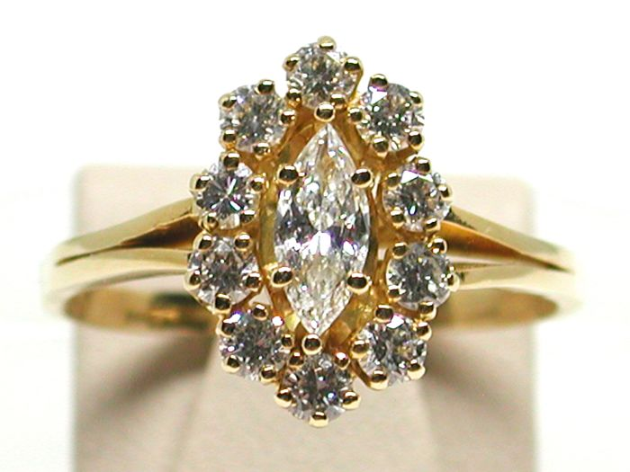 18k Gold Diamond Engagement Ring total: 1,75ct. - Ring size 58