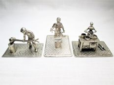 Silver miniatures: Smelter (Stout Rotterdam) - Blacksmith (Herman Hooijkaas) - Cook