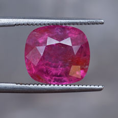 Ruby 5.28 ct