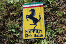 Ferrari Club Italia - enamel badge car grille emblem