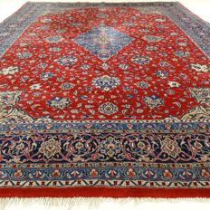"Sarough – 327 x 237 cm – ""Large Persian beauty in nice condition"""