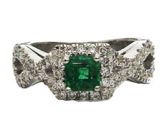 Emerald and diamond Engagement Ring-18 kt White gold  5.68 Grams – Diamonds 0.72 ct. - Center stone 0.46 ct – Ring size: 5.5 (US size)