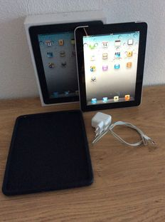 Apple IPad - 32 gb and 3G - A1219 - boxed - Incl charger and bumper