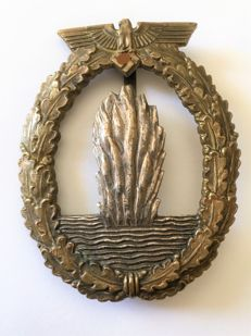 Minesweeper war badge 1933-1945 3rd Reich non-ferrous metal